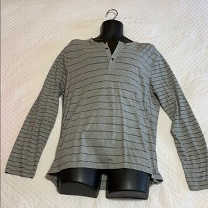 Armani exchange large athletic shirt